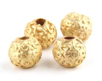 Gold Plated Weighty Round Beads, 14mm, 4 pieces // GB-127