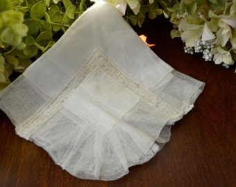 Antique Victorian Wedding Handkerchief Light Ivory Net Lace 3440