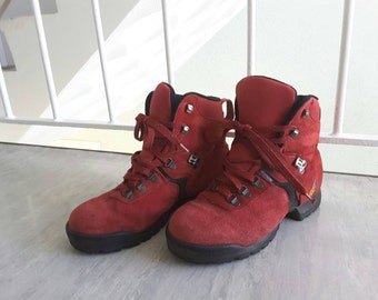 SALE Vintage Retro 1980s 1990s Red Leather Hiking Boots Decathlon UK 5 (Approx US 7 - 7.5) / Festival Outdoor Hipster Shoes Clothing