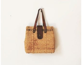 Leather and straw women's purse