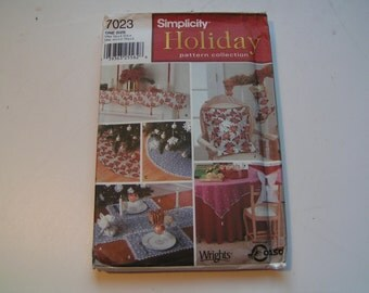 Simplicity Pattern 7023 Holiday Decorations Collection