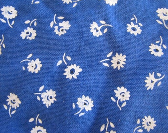 1970's Blue Calico, Calico, Floral, Flower, Cotton, Quilter Weight, Blue, 1970's, 1980's, Blue and White, Quilt Fabric, Ditsy