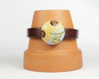Woman's leather bracelet, Brown leather bracelet, Sunflower, Magnetic bracelet, CarolMade L54