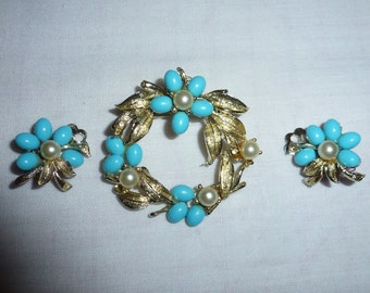Vintage Brooch Pin  and Matching Clip Earrings with Faux Turquoise and Pearl Flowers