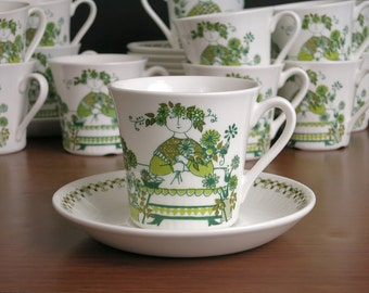 Vintage Figgjo Flint Market Teacups & Saucers - Turi Gramstad Oliver Scandinavian Design - Turi-Design Tea Cups and Saucers - 7 Available