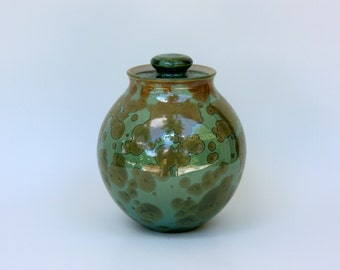 Small Emerald Crystalline Cremation Urn
