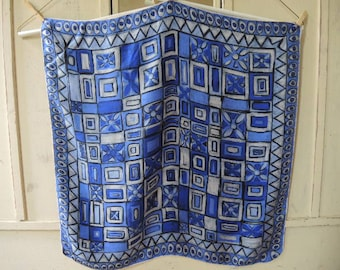 Vintage 1980s silk scarf blue hues 25 x 25 inches
