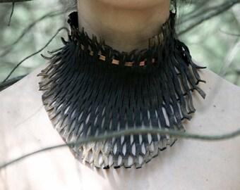Statement Necklace - Designer Bib Necklace - Choker Leather Necklace - Collar Necklace -Metal Colar Necklace - Colar Choker