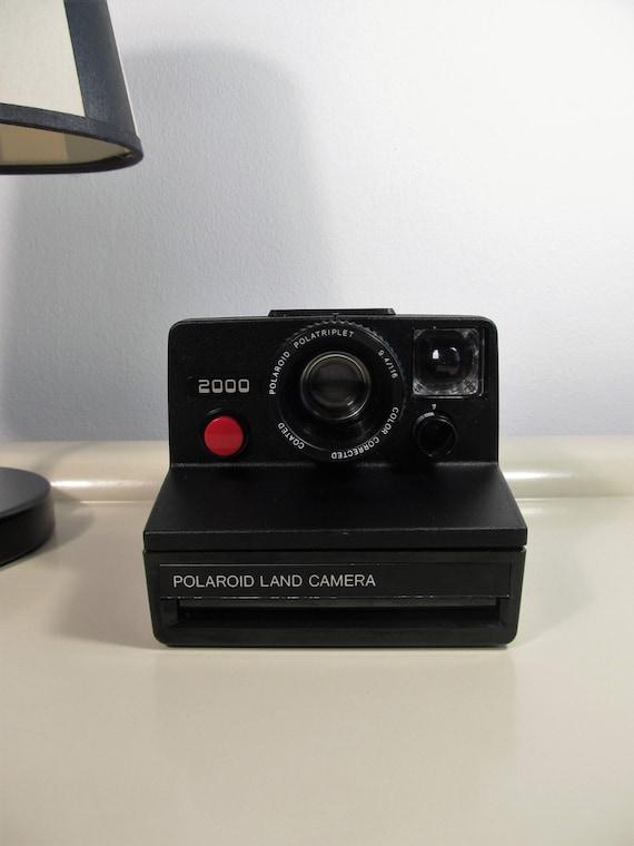polaroid camera land camera 2000 polaroid polatriplet rare black color sx 70 type instant film. Black Bedroom Furniture Sets. Home Design Ideas