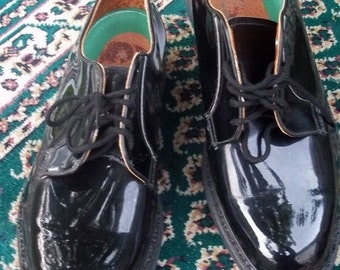 SALE SALE NOS ,Vintage Canadian Military,black Leather patent, parade dress ,formal military shoes, Spotless, Biltrite goodyear welted.
