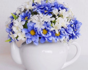 Teapot Silk Flower Arrangement, Purple Daisies, White Teapot, Artificial Flower Teapot Arrangement, Silk Floral Arrangement, Home Decor,
