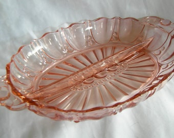 Pink Depression Glass Divided Dish   Anchor Hocking   1940s