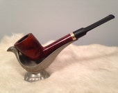 U - This is a vintage Sterncrest 14k tobacco pipe