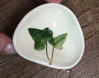 Ivy Ring Dish, ivy ring dish, ivy decor, IVY ring Bowl, ivy Tea bag Holder, IVY Soap Dish