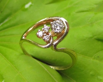 """DEADsy LAST GASP SALE Diamond Vintage Engagement Ring - Yellow Gold - 1970s Retro """"Abstract Heart"""" Sculpture Setting"""