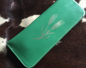 Kelly Green Leather Reading Glasses Case with Metalic Wheat Screenprint // 70s Leather Pouch
