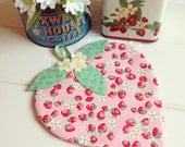 sweet strawberry pot holder