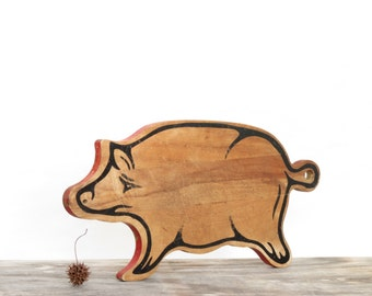 Vintage Wooden Pig Cutting Board - Old Wooden Pig Cutting Board - Vintage Wooden Pig - Old Pig Decor - Vintage Cutting Board - Boho Decor