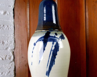 Ceramic blue and white lamp