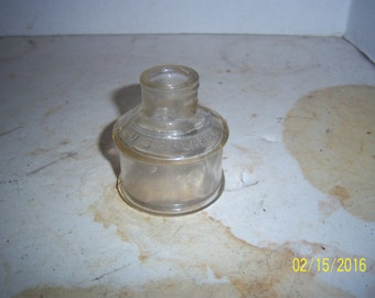 1890's WA Davis US Treasury  2 1/4  inches tall clear ink bottle