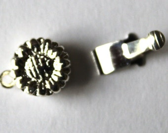 Silver Plated Single Strand Sunflower Clasp