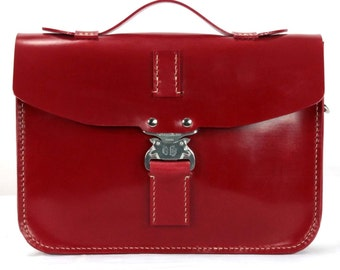 Hand Stitched English Bridle Leather Red Case With A Cobra Lock 9″ x 7″ x 2″ - Marcellino NY - Ready To Ship