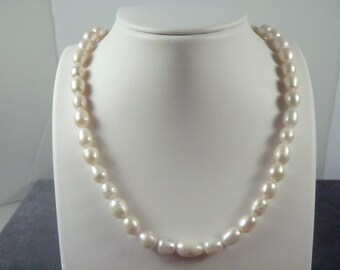 Sterling Silver Toggle Freshwater Pearl Necklace N18