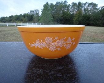 Vintage Orange Pyrex Mixing Bowl