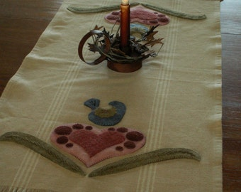 Folk art Wool applique tablerunner with Valdani pearl cotton and hand dyed wool
