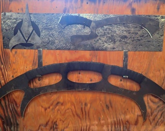 Full Size Klingon Bat'leth, Mek'leth and Wall Mount. Hand Forged by Blacksmith.
