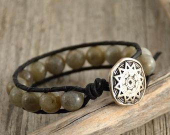 Beaded rustic bracelet. Labradorite bead jewelry