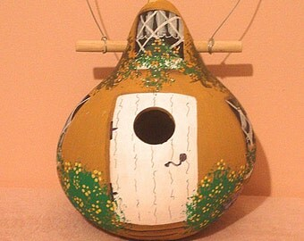 Honey Brown & White Cottage Kettle Gourd Birdhouse, Large, Handpainted (GBHC471)