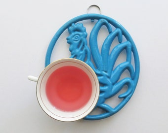 Vintage Cast Iron Rooster Trivet Enamel Wall Hanging Mid Century Kitsch French Kitchen