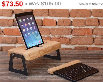 wooden ipad stand ipad holder holz ipad st nder by woodrestart. Black Bedroom Furniture Sets. Home Design Ideas