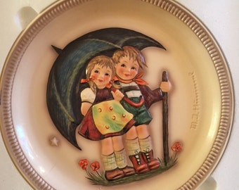 1975 Anniversary Hummel Plate - Stormy Weather - Larger Plate, Mint Condition, Never Displayed