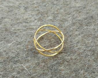 Simple elegant ring, gold '3 Circles'