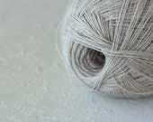 Cobweb light beige color wool yarn - haapsalu shawl yarn