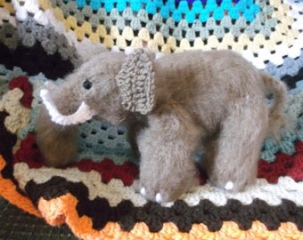 Woolly mammoth, crochet mammoth amigurumi, fuzzy brown prehistoric elephant, ready to ship