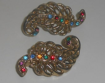 """Vintage Gold Tone Open Work Multi Color Rhinestone Figural """"Leaf"""" Set of 2 Scatter Pins / Brooches"""
