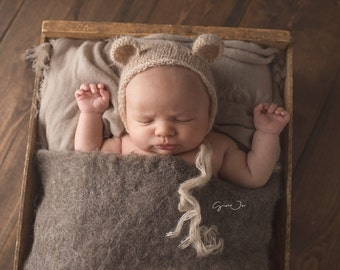 Newborn Mohair Bear Bonnet, newborn baby photography vintage prop