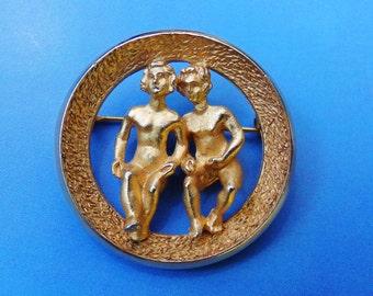 Vintage Crown Trifari Gemini Brooch, Gemini Pin, Gold Tone Gemini Pin, Zodiac Brooch, Astrological Jewelry, Gemini The Twins, Zodiac Pins