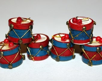 """Miniature Wooden Red, White and Blue Drums Dollhouse Christmas 5/8"""" x 1/2"""" Lot of 6 NOS"""