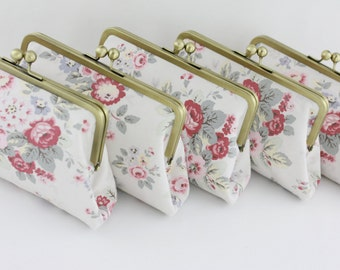 Shabby Chic Rose Floral Bridesmaids Clutches / Rose Wedding Bridesmaids Gifts - Set of 5