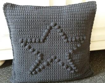 Dutch crochet pattern pillow