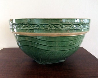 Gorgeous Vintage Green-glazed Yellow Ware Large Mixing Bowl