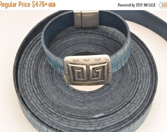 up to 45% OFF 20MM Vintage Denim Engraved Flat Leather Cord