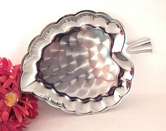 Serving Tray Silver Metal  Leaf Geometric Mod Platter Vintage 1970's Entertaining Tableware