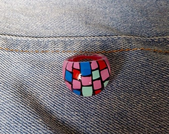 Chunky Vintage Lucite Ring, Funky 80's Ring, Pink Chequered Ring