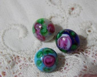 Rose Buds - Diminutive Glass Buttons 3