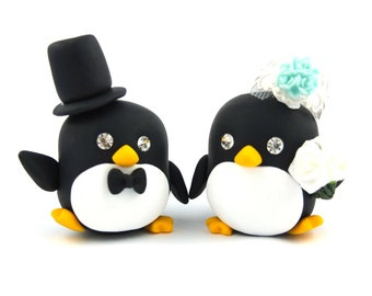 Penguin couple wedding cake toppers*